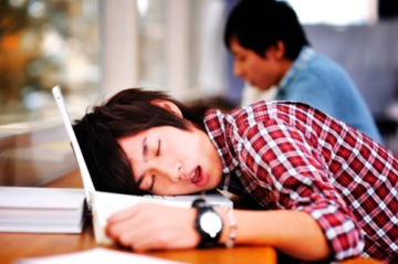 elite-daily-sleeping-student