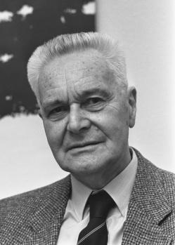 Jan_Tinbergen_1986