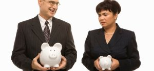 reports-gender-pay-gap-persists-new-jpg