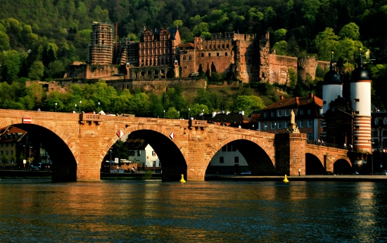 Heidelberg_Castle_and_Bridge.jpg