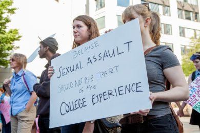 #YesAllWomen Live Rally in Seattle supports victims of violence